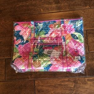 NWT Sealed Vera Bradley Tote in Superbloom